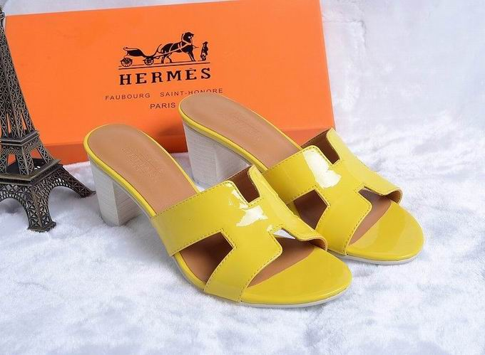 Hermes Patent leather Oasis sandal yellow