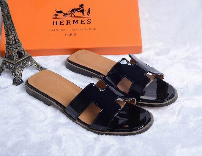 Hermes Patent leather oran sandal black