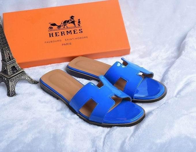 Hermes Patent leather oran sandal blue