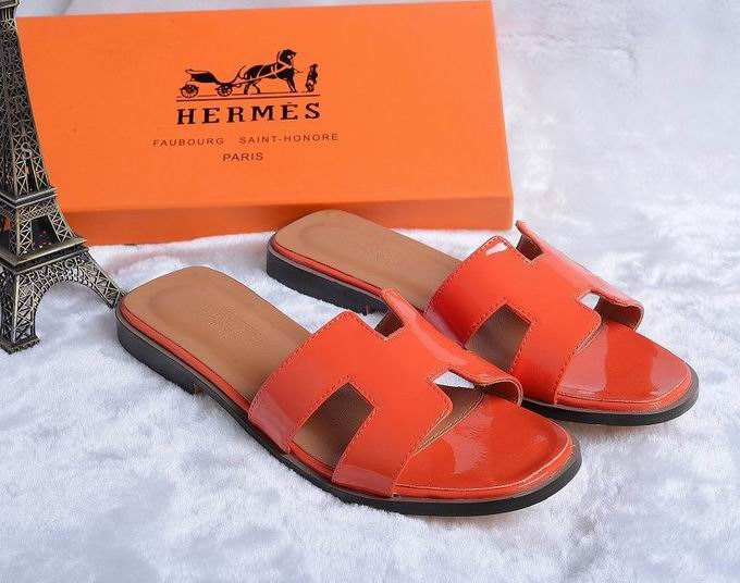 Hermes Patent leather oran sandal orange