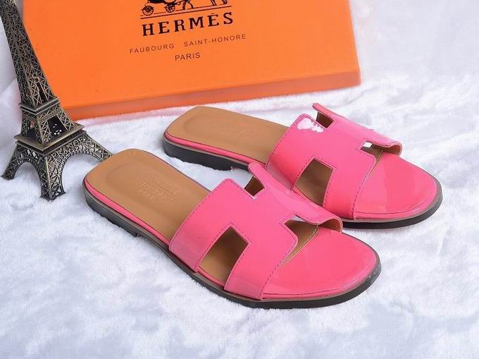 Hermes Patent leather oran sandal pink