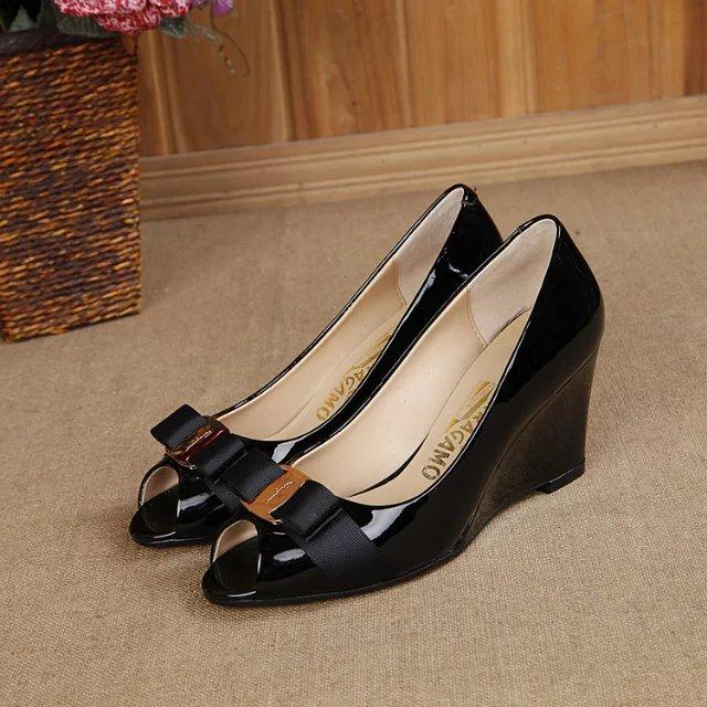 Salvatore Ferragamo Sissi Biscue Leather Wedge Pump Peep Toe Shoes black Hight 7cm