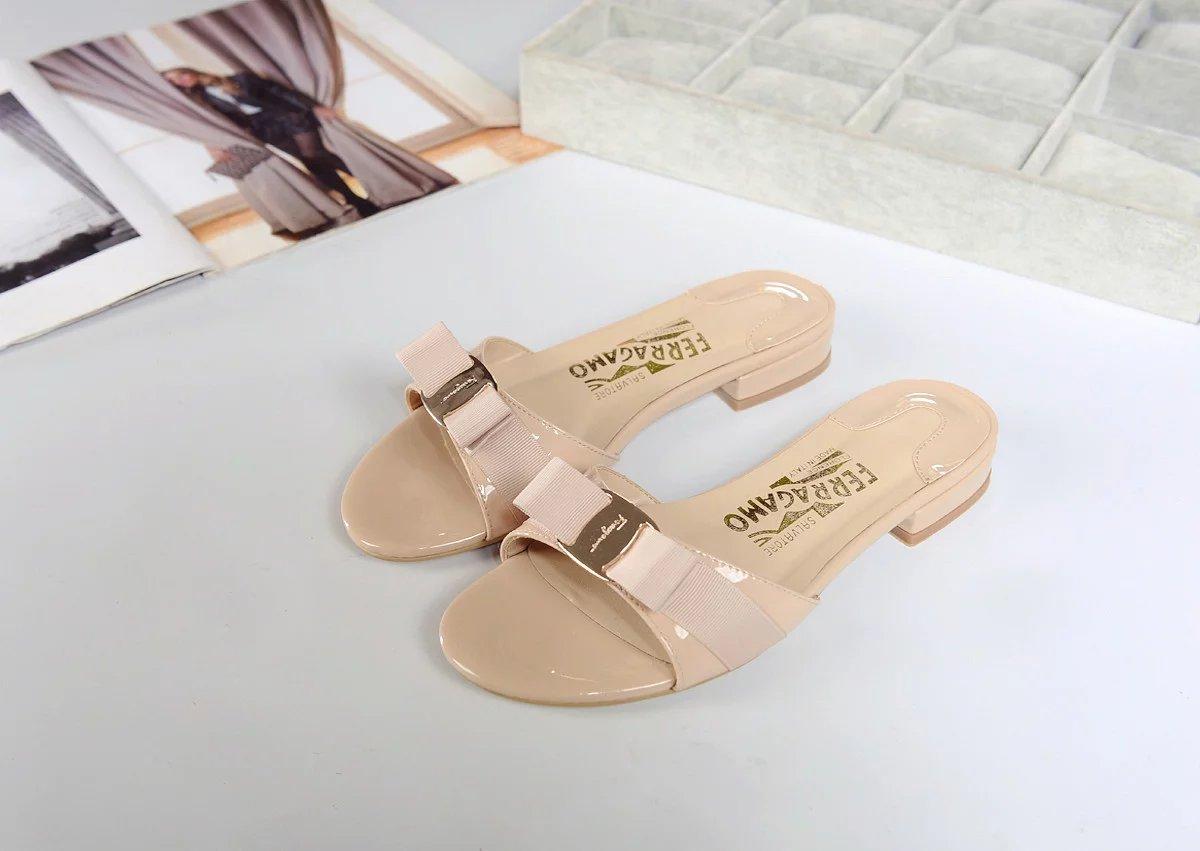 Salvatore Ferragamo Vara Mule Shoes apricot