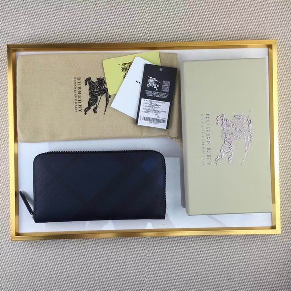 Burberry London Check Ziparound Wallet black & blue