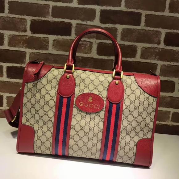 Gucci Soft GG Supreme duffle bag with Web red
