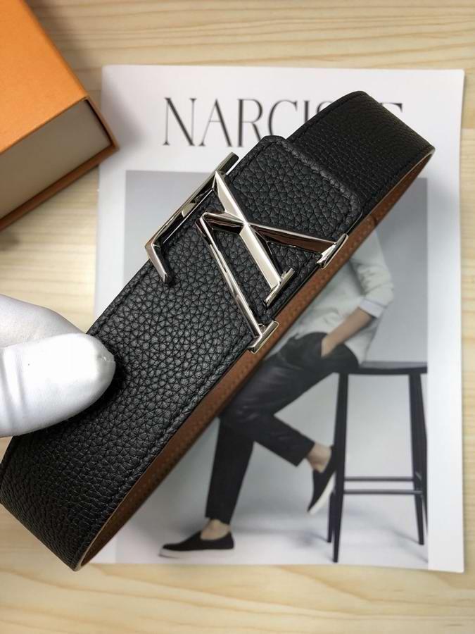 Louis Vuitton Belts025