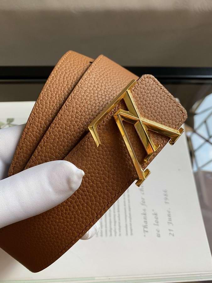 Louis Vuitton Belts029