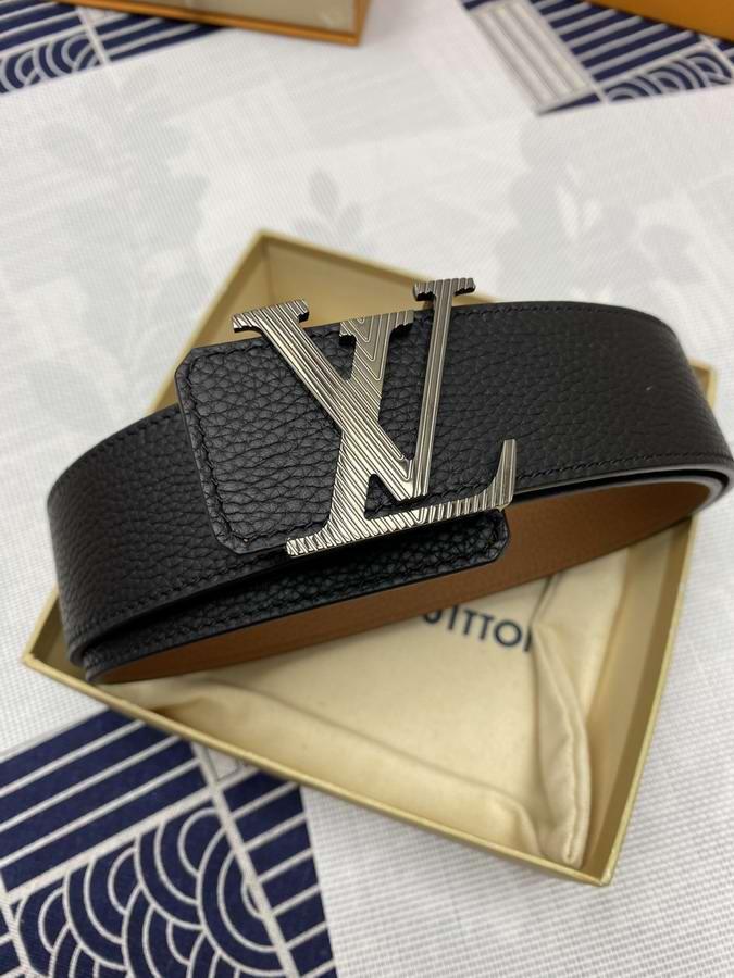 Louis Vuitton Belts033