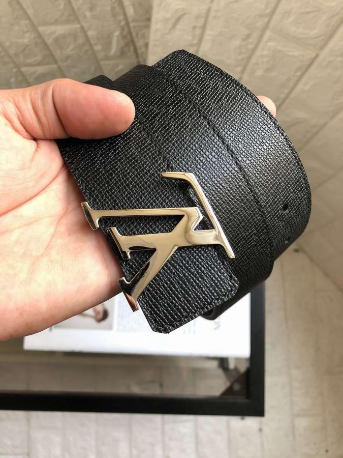 Louis Vuitton Belts034