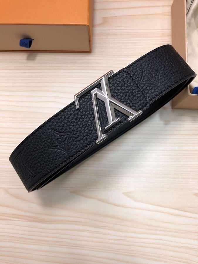 Louis Vuitton Belts039