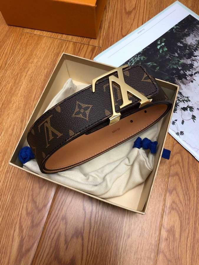 Louis Vuitton Belts043