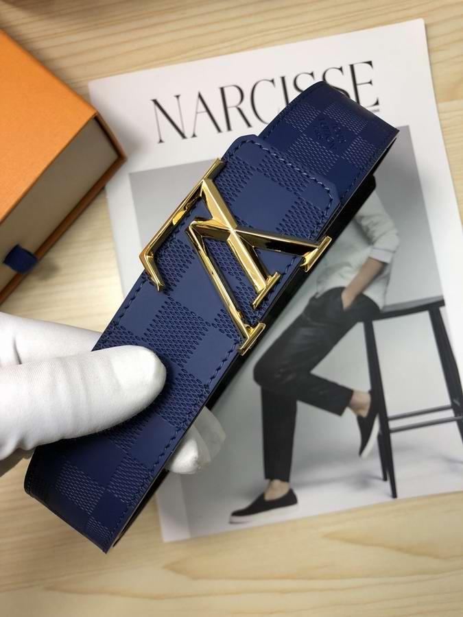 Louis Vuitton Belts048