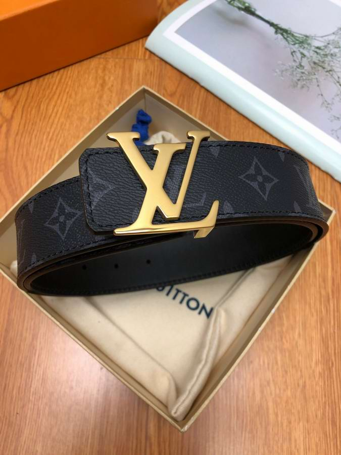Louis Vuitton Belts053