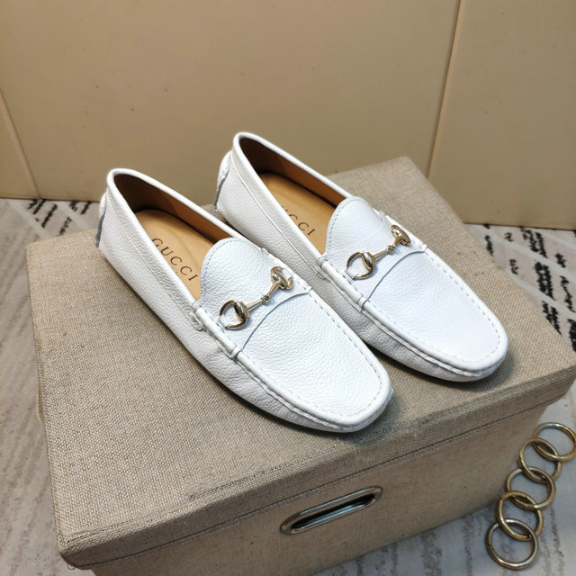 Men Gucci shoes 182