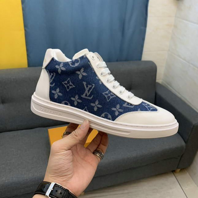 Men Louis Vuitton shoes213
