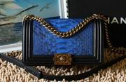 Chanel PYTHON Lambskin Gold Metal boy handbag A67086 Black&blue