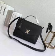 Louis Vuitton Solf Calfskin My Lockme bag Noir