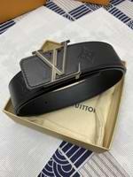 Louis Vuitton Belts006