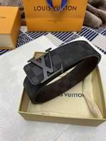 Louis Vuitton Belts022