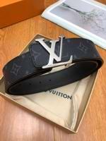 Louis Vuitton Belts056
