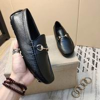 Men Gucci shoes 183