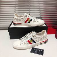 Men Gucci shoes 214