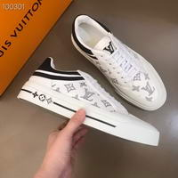Men Louis Vuitton shoes257