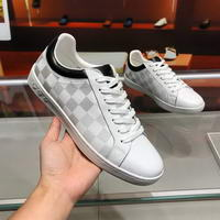 Men Louis Vuitton shoes267
