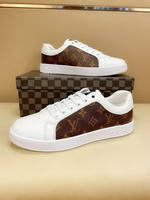 Men Louis Vuitton shoes268