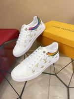 Men Louis Vuitton shoes270