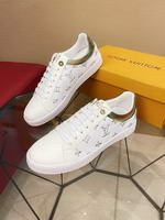 Men Louis Vuitton shoes271